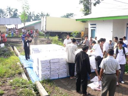Qurban Distribution 2007 5